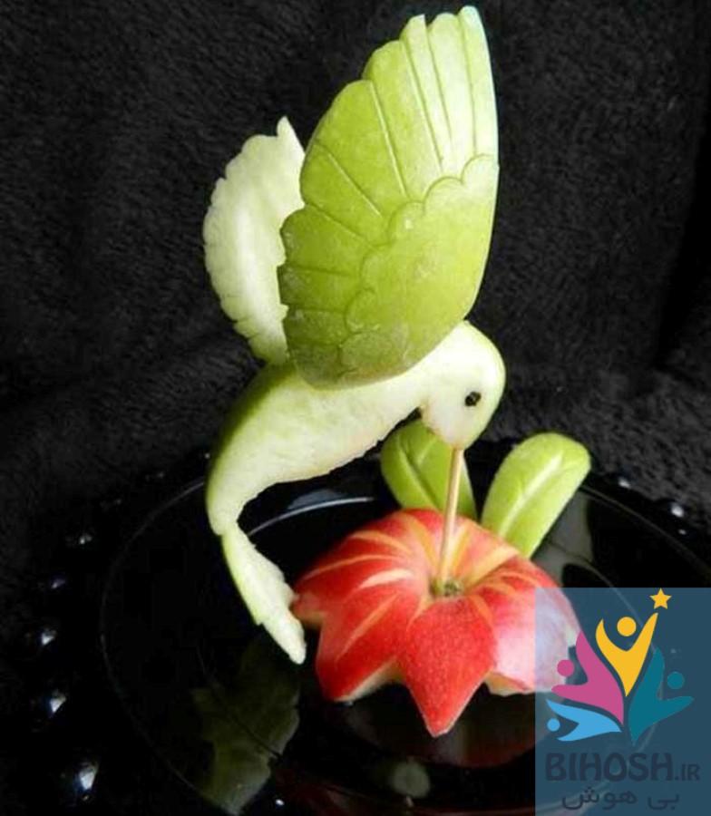 آموزش میوه آرایی با سیب و هندوانه، طرح پرنده