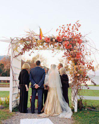 ایدههای زیبا برای برگزاری مراسم ازدواج در فصل پاییز